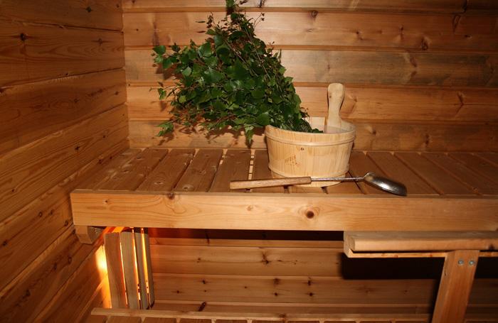 Отделка бани деревом